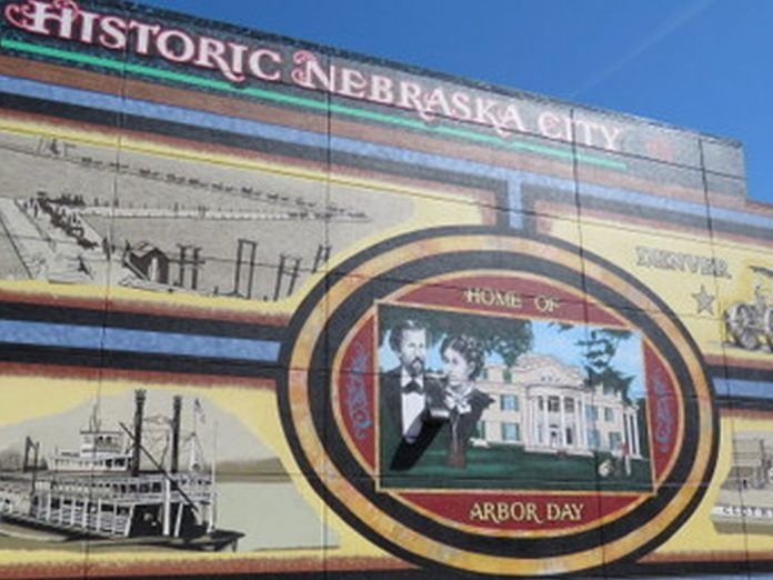 wall mural depicts historical theme