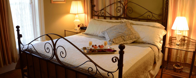 Rose Room King Bed