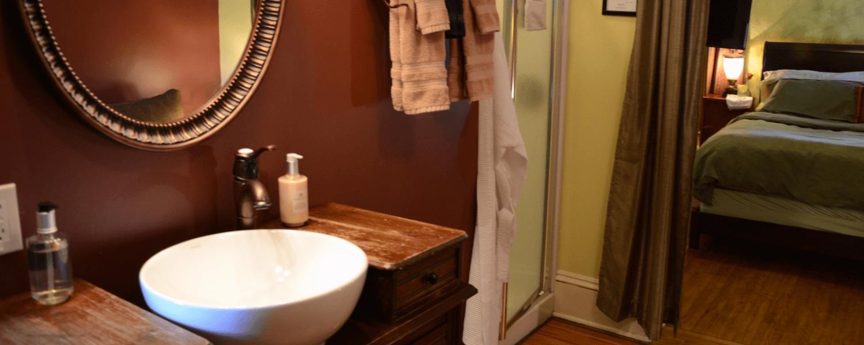 Travelers Room Bath Room