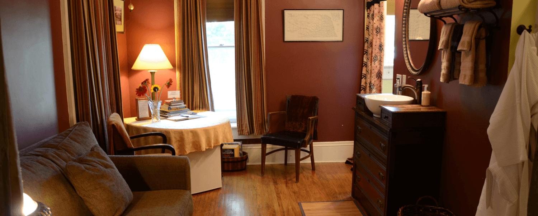 Travelers Room Sitting Room